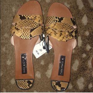 Zara Basic Flat Sandals